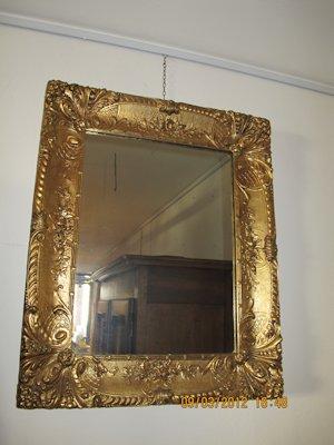 Agli archi rosa vigevano specchi e cornici da parete for Specchio fine 800