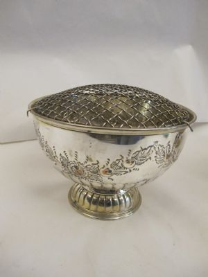Early 20th Century rose bowl