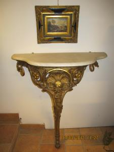 Wall gilt console